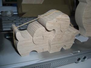 cachorro de madeira 2